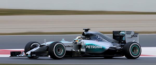 Minardi: Mercedes batte McLaren 4.200 a 900