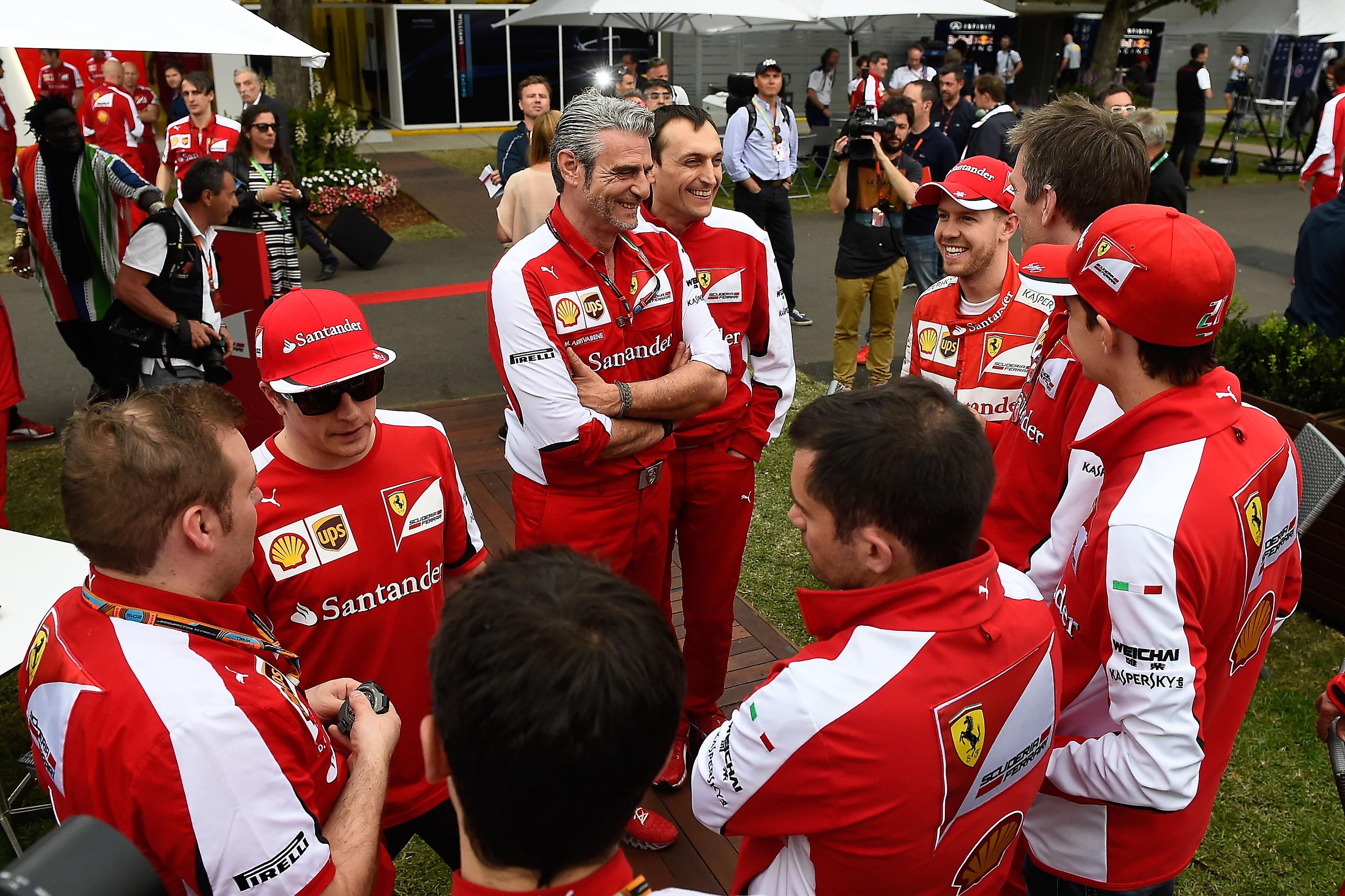 Ferrari: piedi per terra, ma finalmente sorrisi!