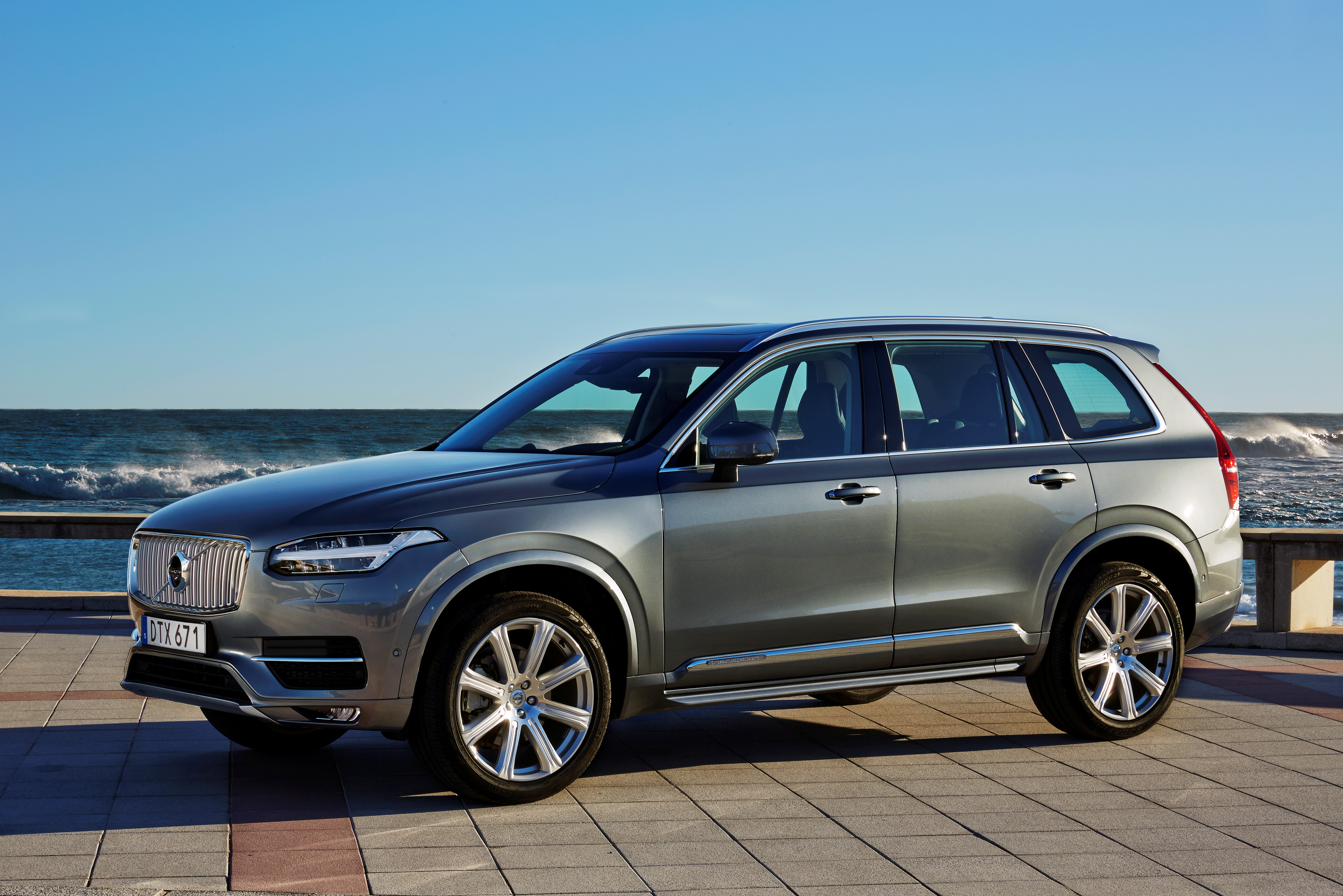 "Volvo XC90 Red Dot ""Best of the Best"""