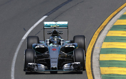 Australia: libere Mercedes, ma la Ferrari c'è