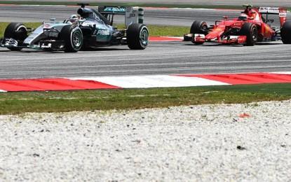 Malesia: libere Mercedes, la Ferrari incalza