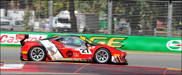 GT: podio con selfie per la Ferrari ad Adelaide