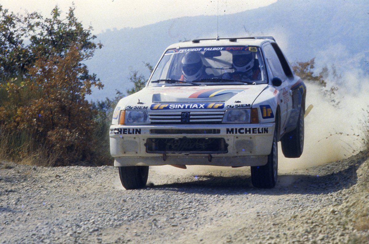 28 marzo 1985: la 205 T16 debutta nel Tricolore