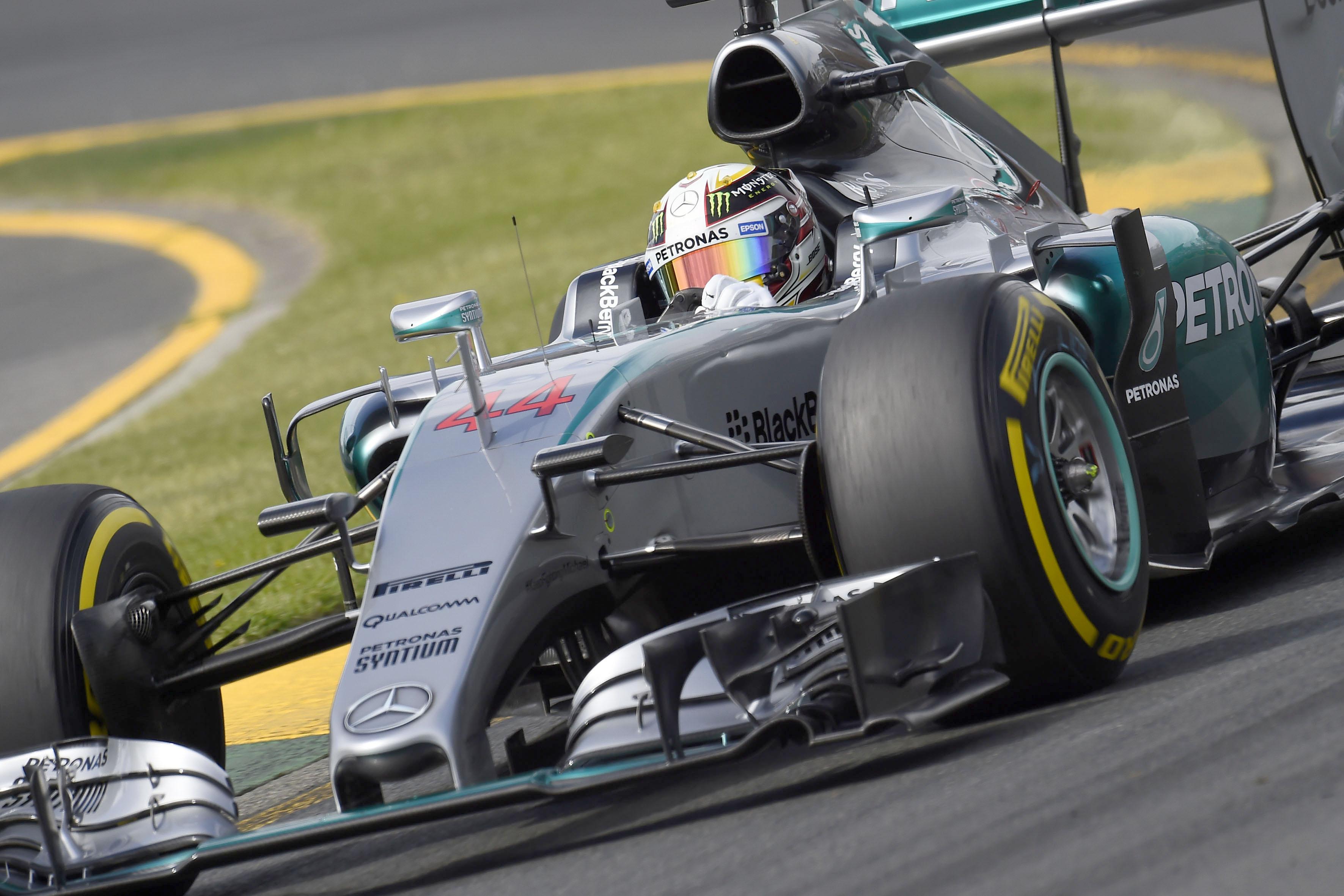 Pirelli: per la gara attesi due pitstop