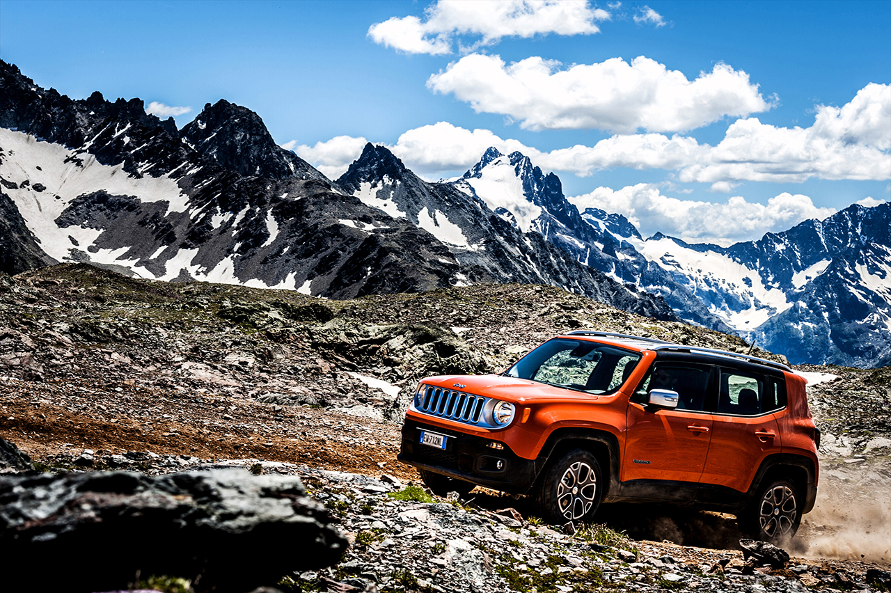"Jeep Renegade ""4×4 dell'Anno"""