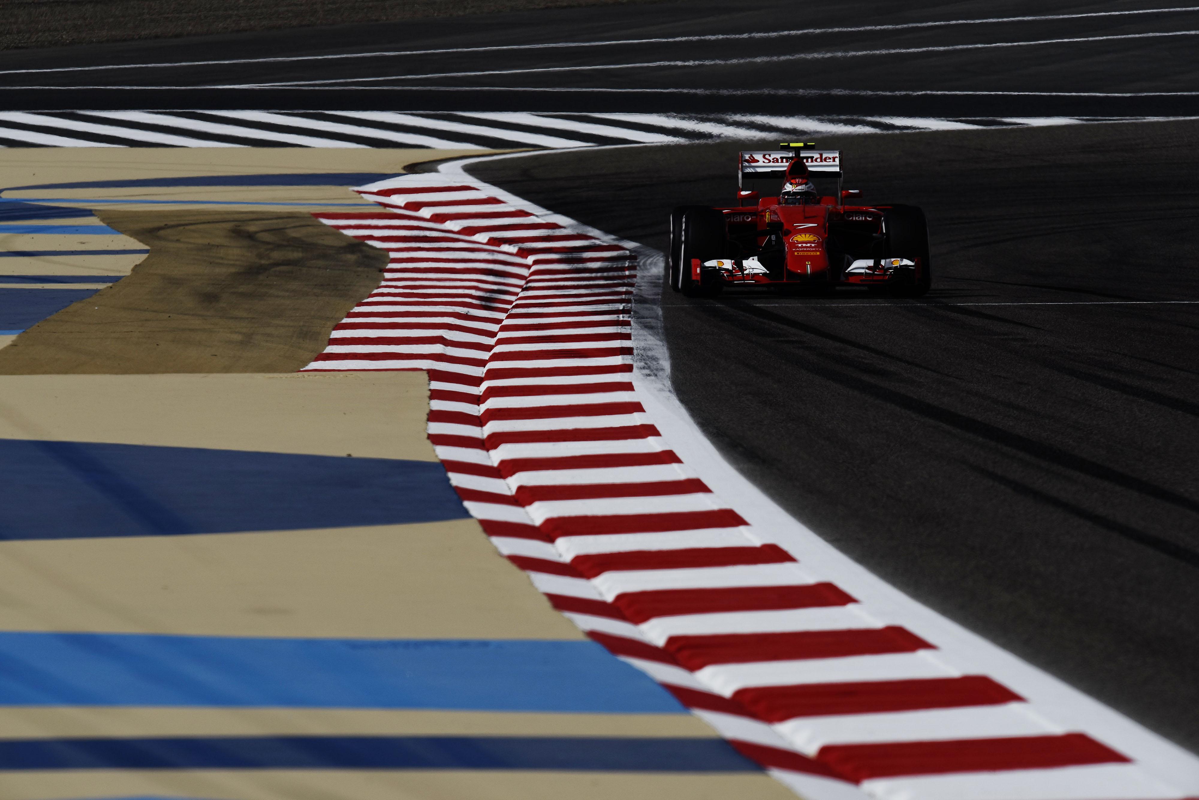 Bahrain: prime libere con doppietta Ferrari