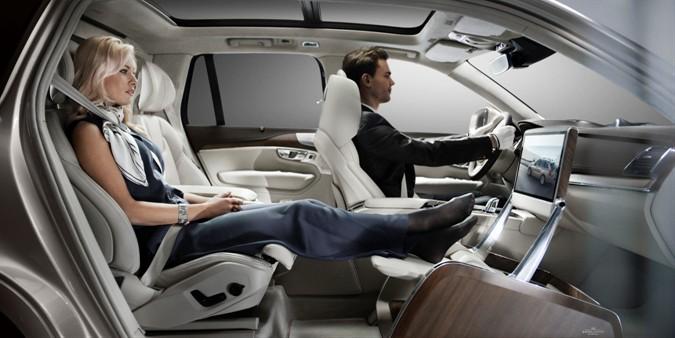 Volvo Lounge Console: comoda la vita!
