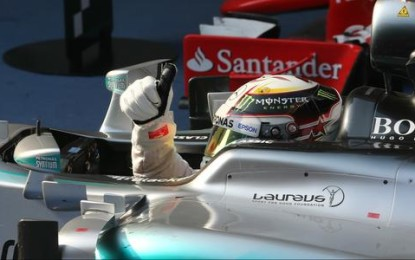 Cina: Lewis conquista Shanghai, Nico e Seb sul podio
