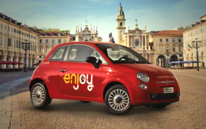 Le Fiat 500 rosse di Enjoy arrivano a Torino