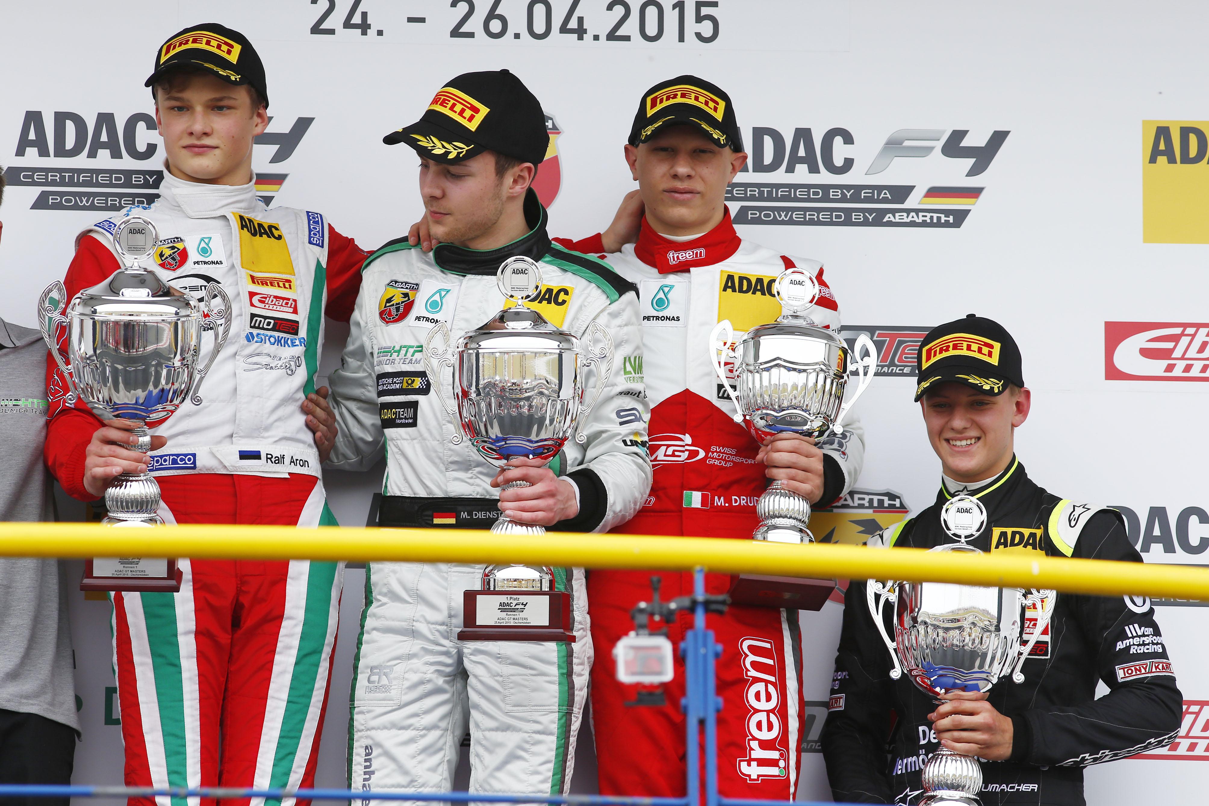 F4: vince Dienst, Mick Schumacher miglior rookie