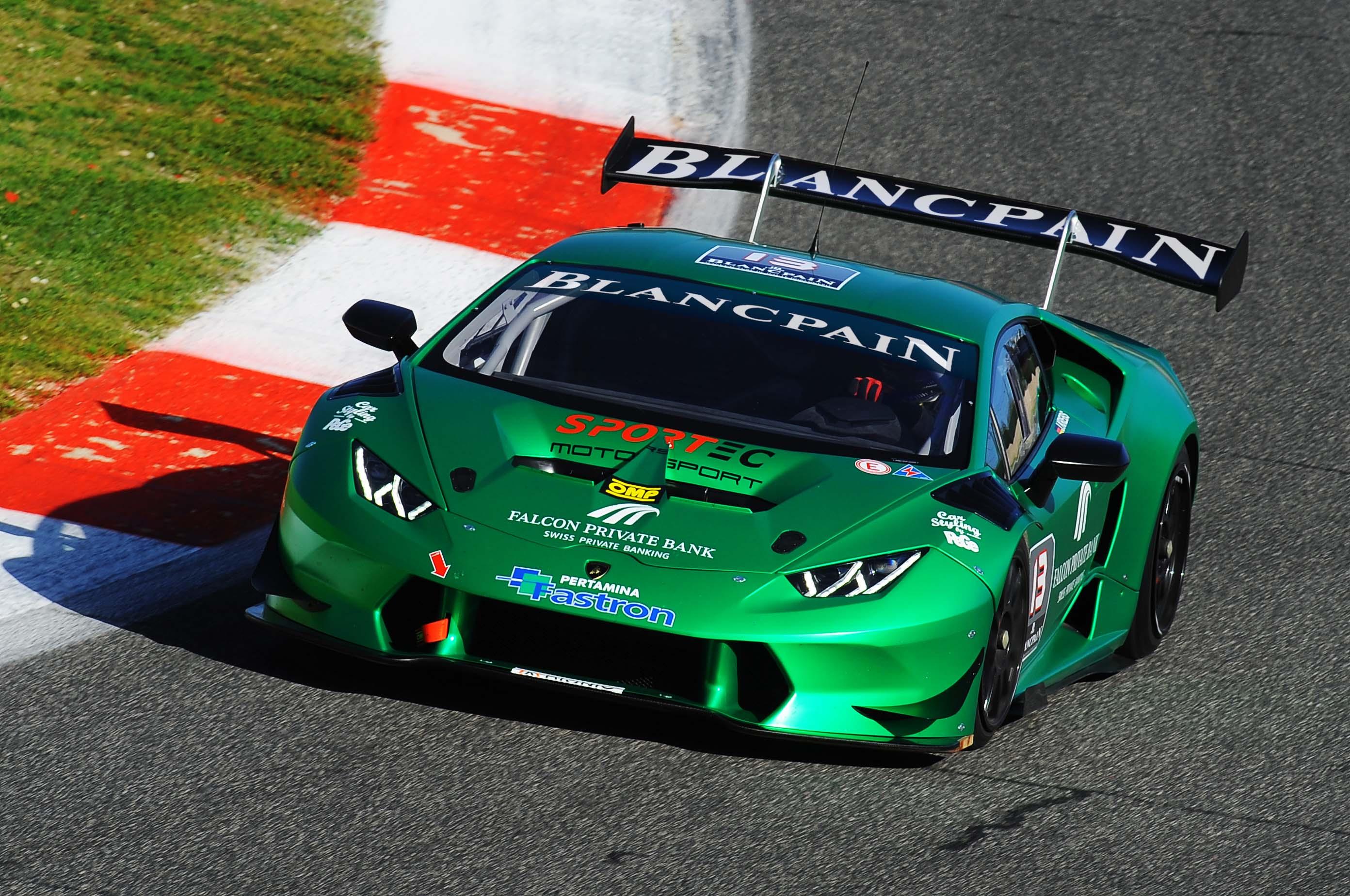 Lamborghini Super Trofeo: test a Vallelunga
