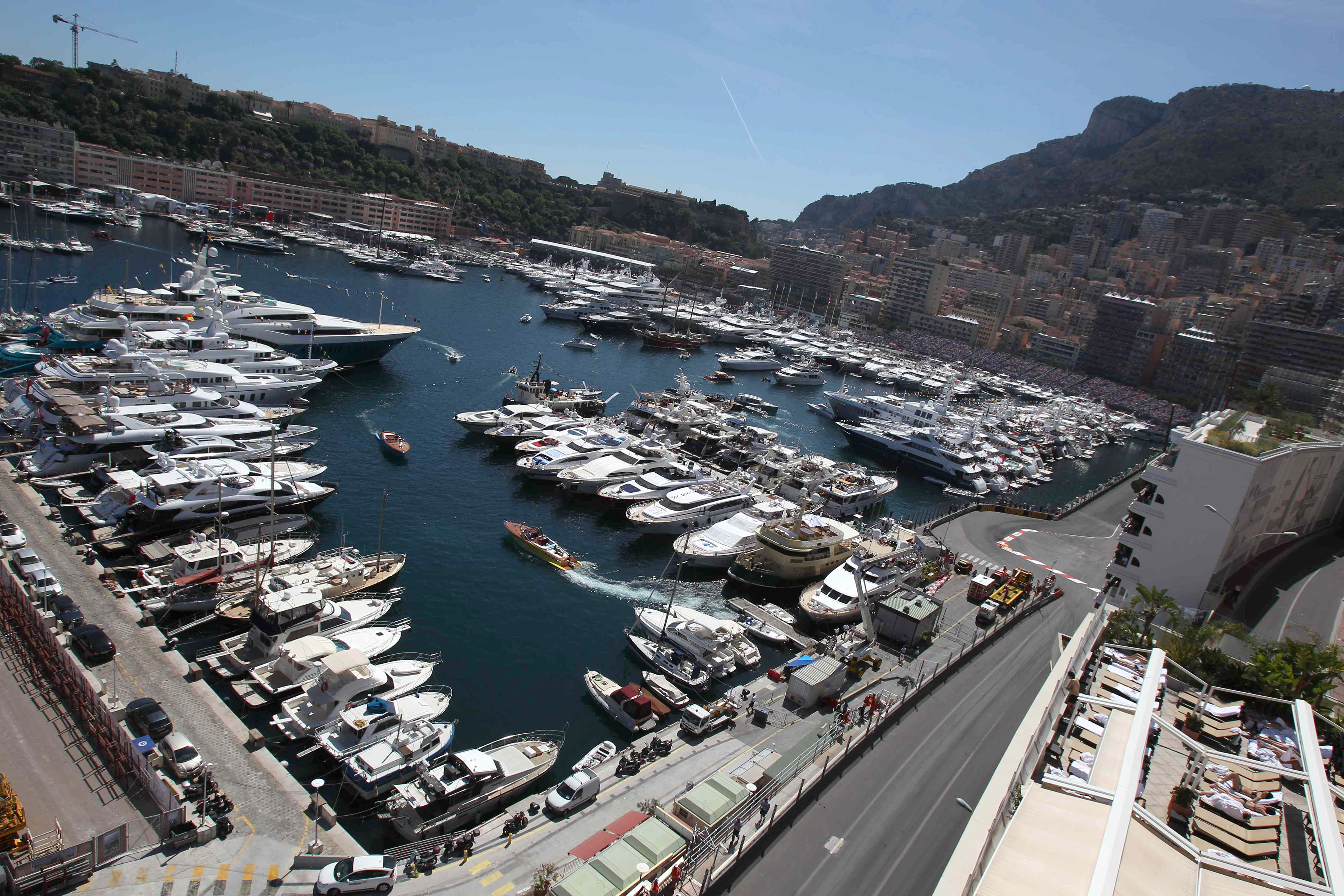 Monaco: anteprima Ferrari con Vettel e Antonini