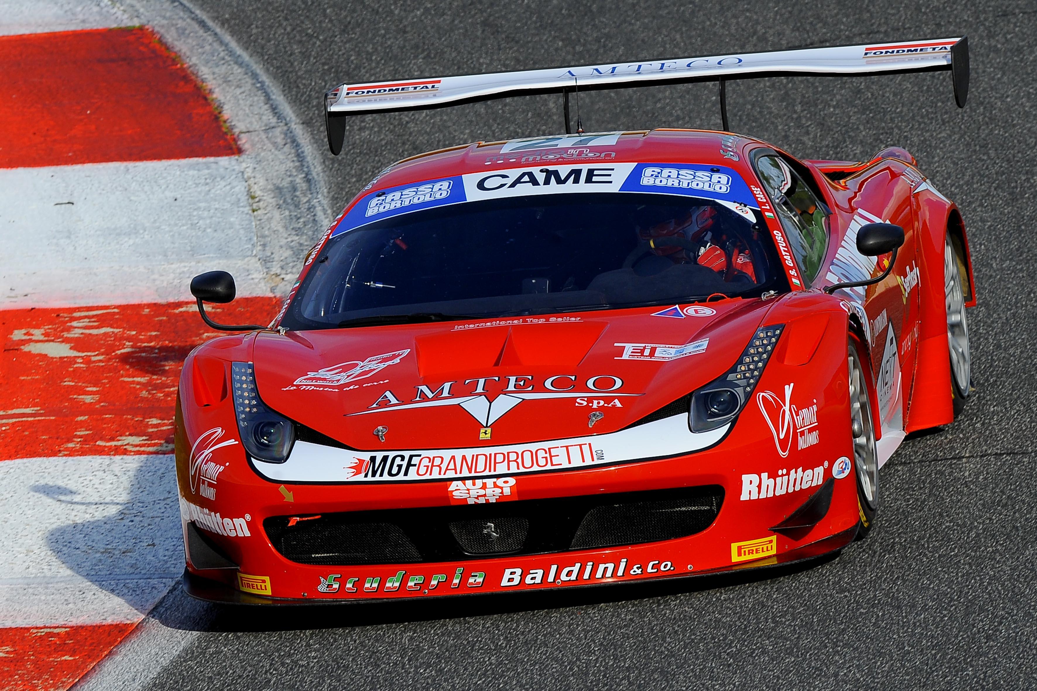 GT: dodici Ferrari in pista a Monza