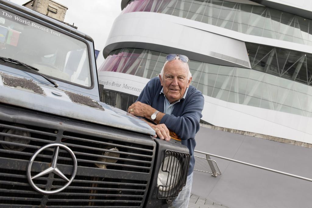 Il mondo dai finestrini di una Mercedes Classe G