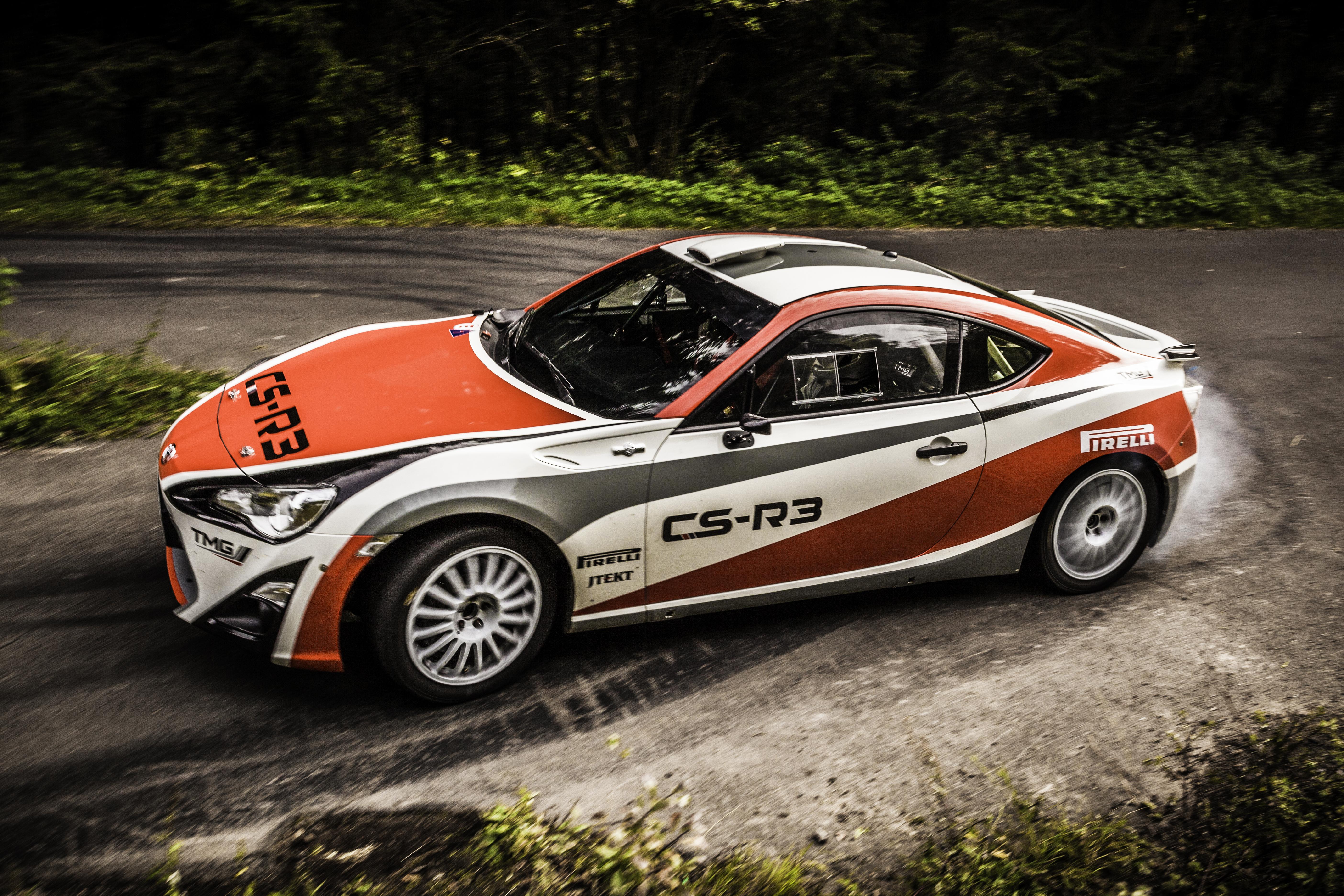 Toyota GT86 CS-R3: consegne rimandate