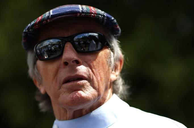 Stewart tells Mercedes to quit F1