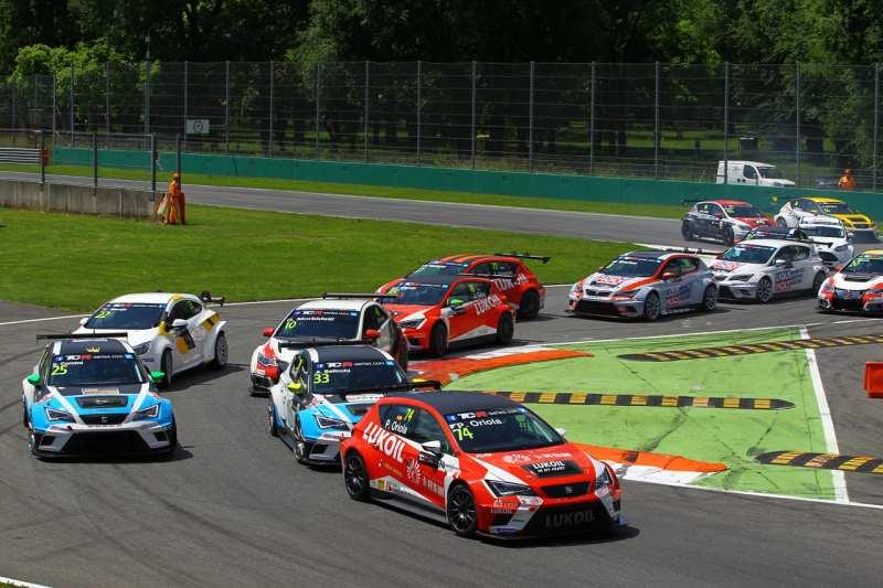 TCR: Morbidelli trionfa a Monza