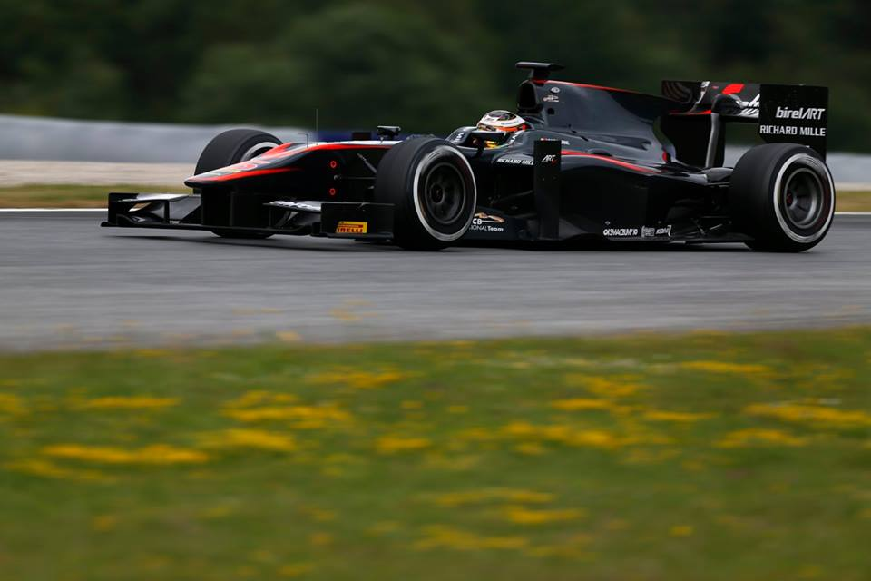 GP2: Vandoorne dominates in Austria