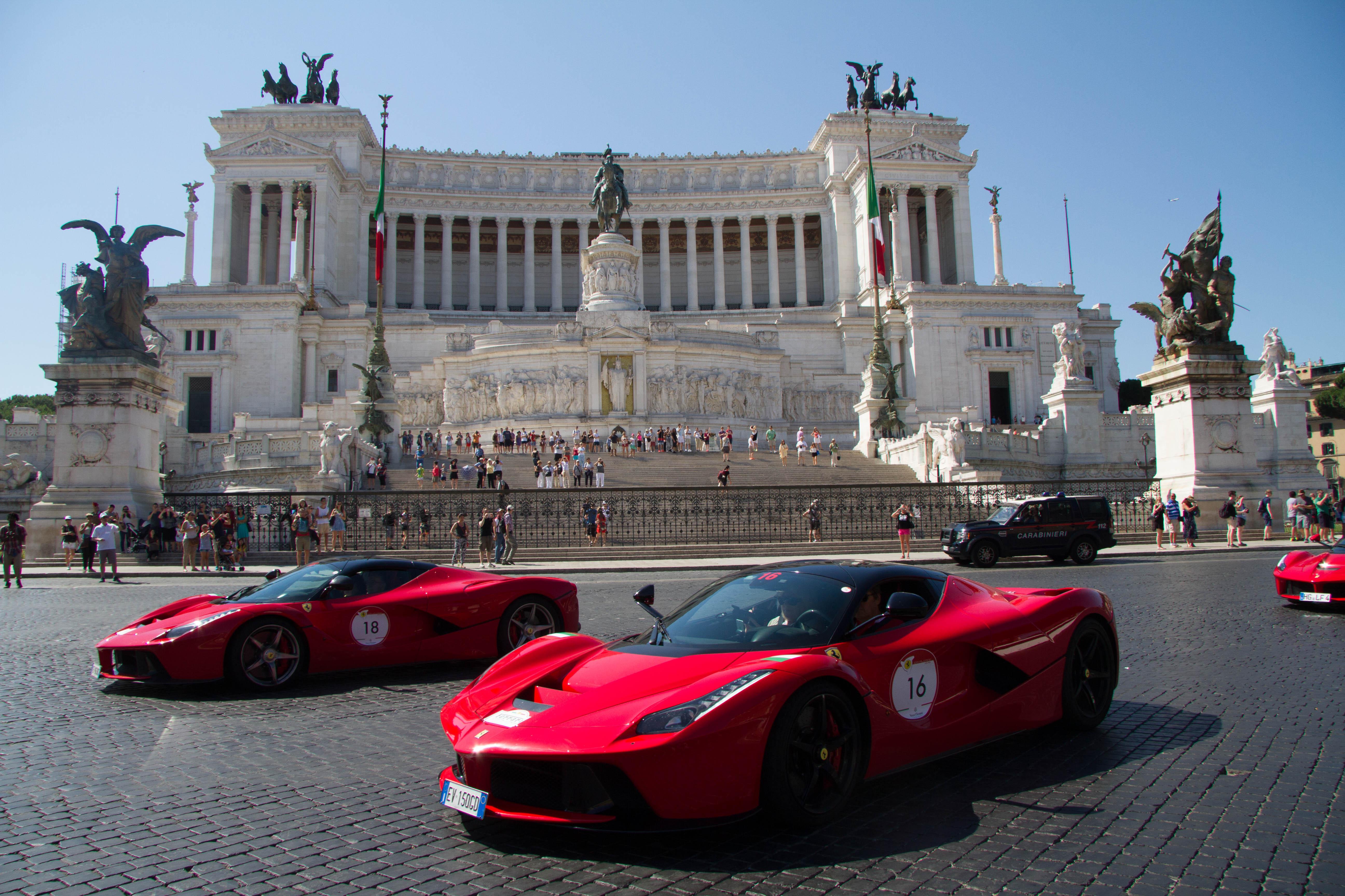Ferrari Cavalcade: gran finale a Roma