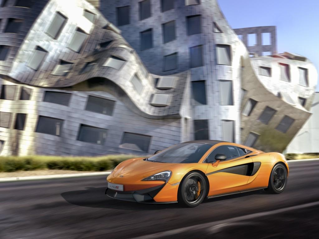 McLaren 570S: debutto italiano al Valentino