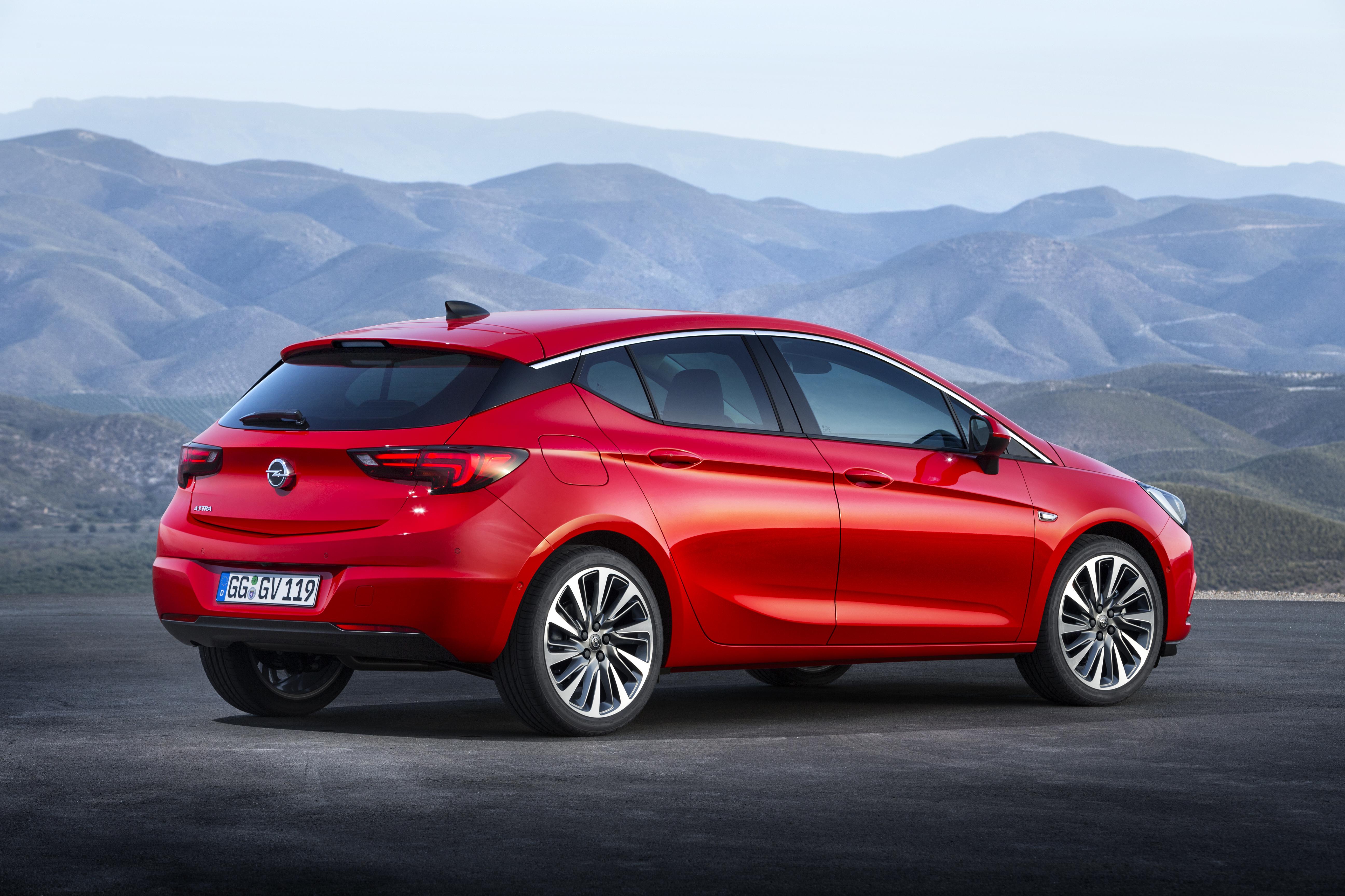 Nuova Opel Astra riduce le emissioni di Co2