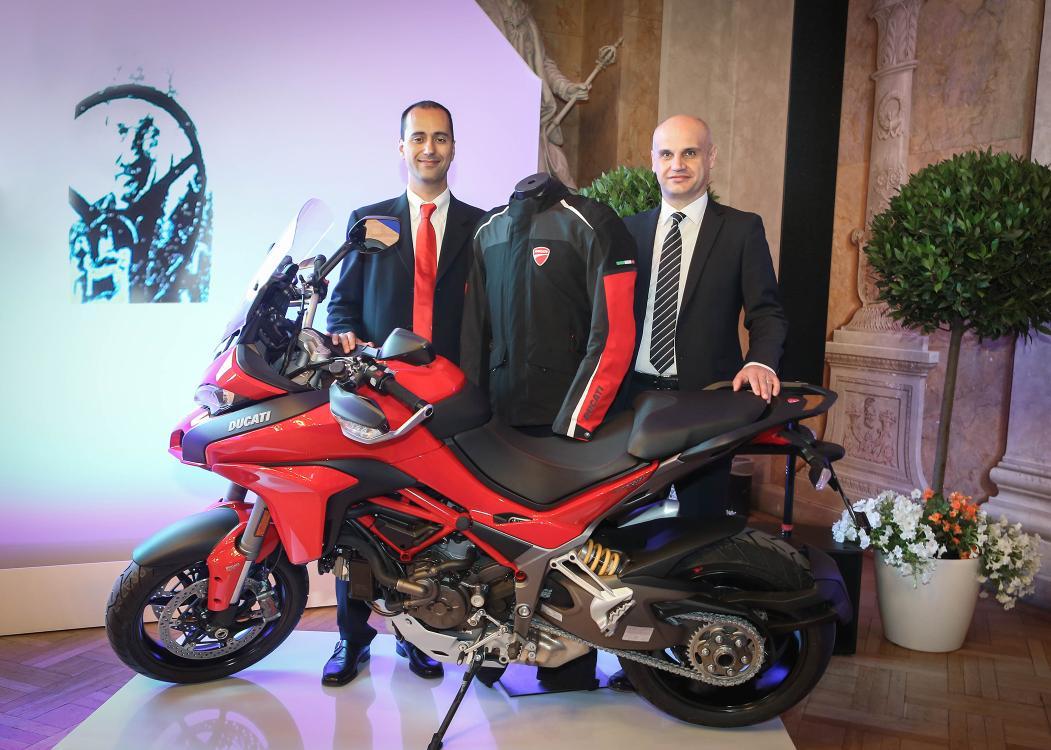 Airbag innovativo per la sicurezza dei motociclisti