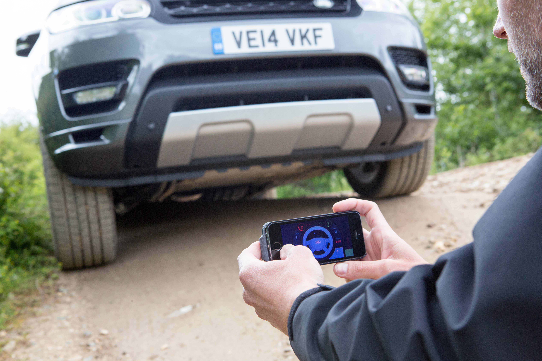 Una Range Rover Sport a controllo remoto
