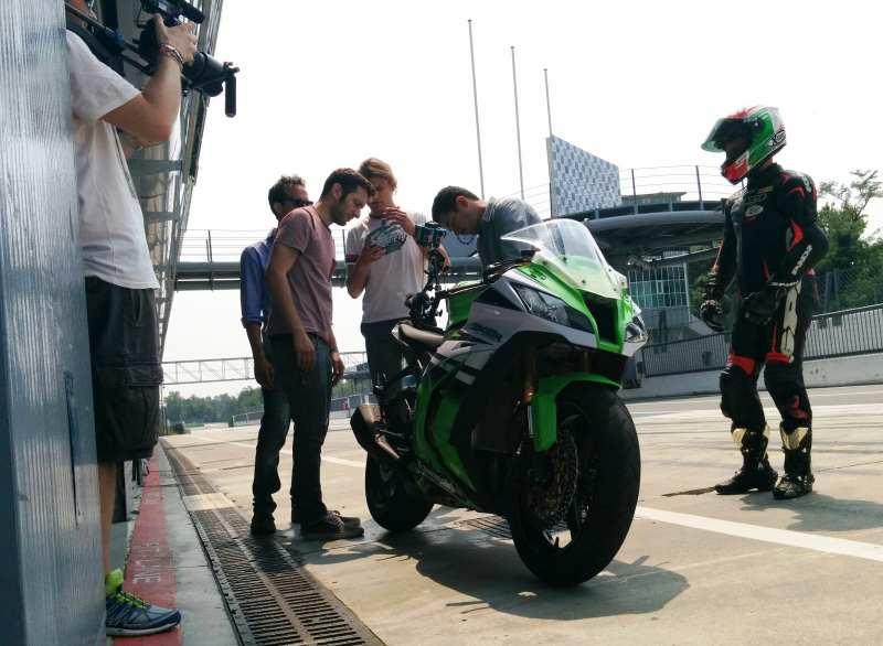 Ivan Capelli e Fabrizio Pirovano in pista a Monza