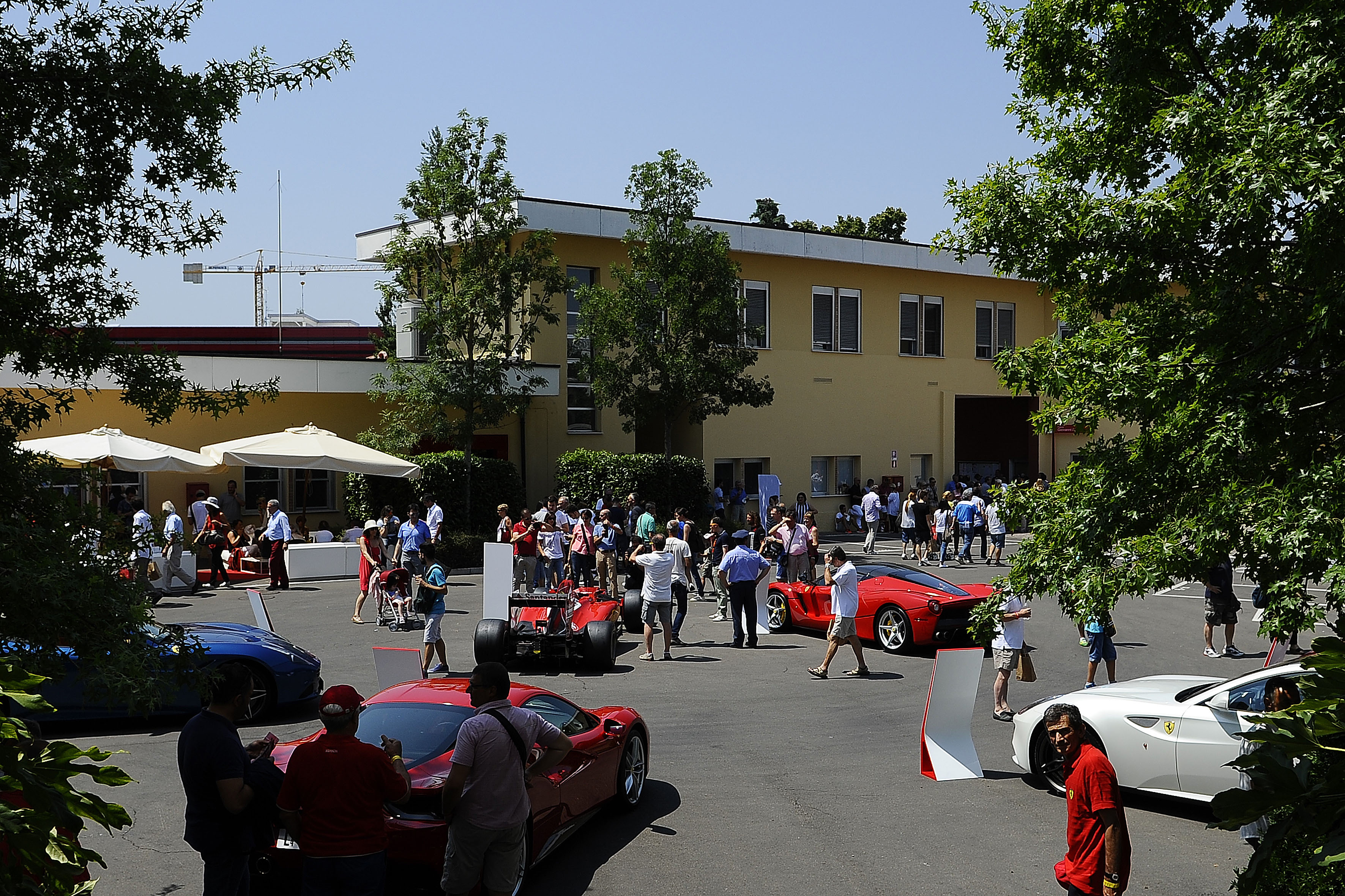 Ferrari: in 16mila per il Family Day
