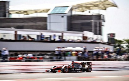 GP2: Sirotkin storms to Silverstone victory