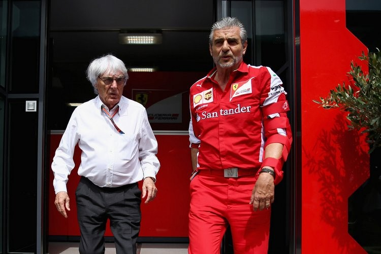 Ecclestone denies Ferrari in TV 'boycott'