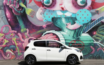 Peugeot 108 va in tour con Car-aoke