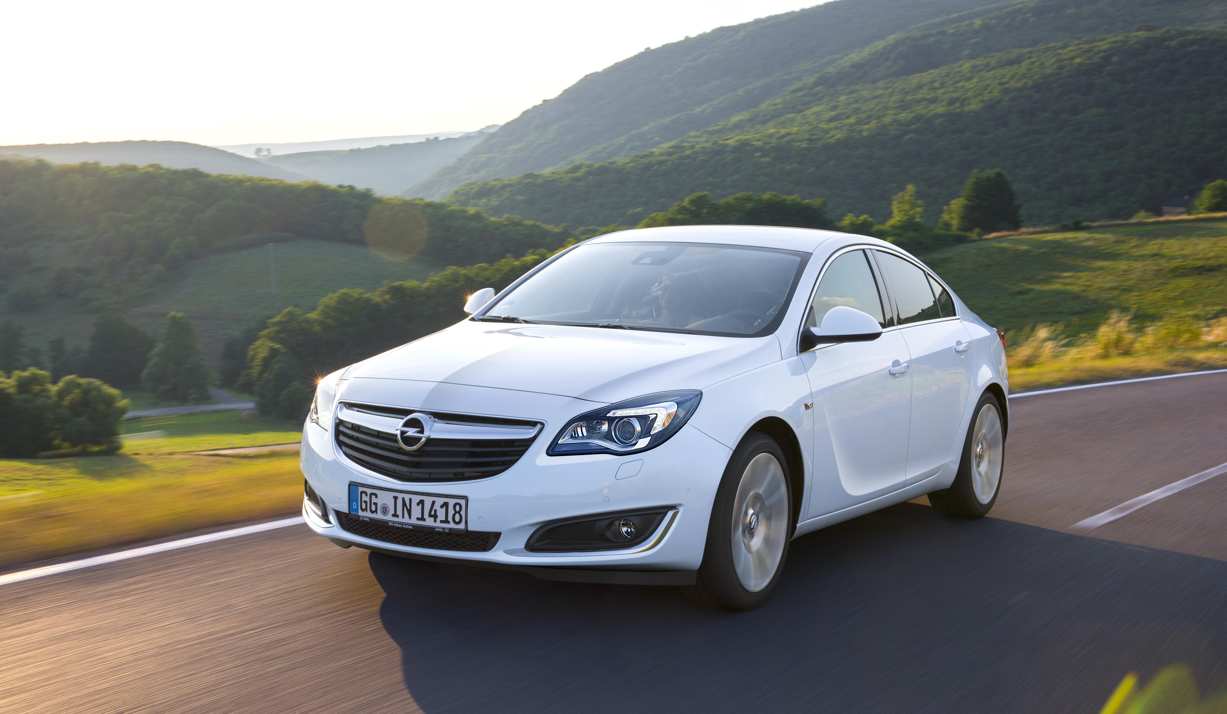 Opel Insignia: tante novità