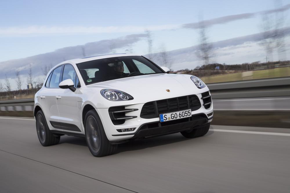 Porsche: Macan ancora best-seller