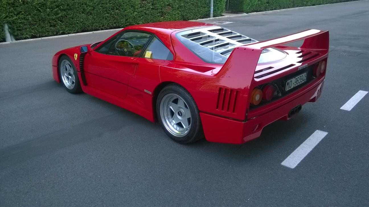 Asta record per una Ferrari F40