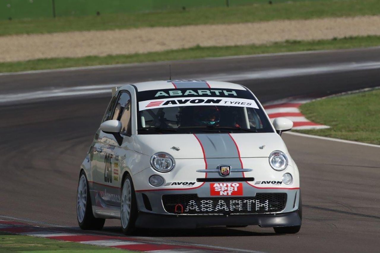 695 Assetto Corse a Vallelunga con Fisico