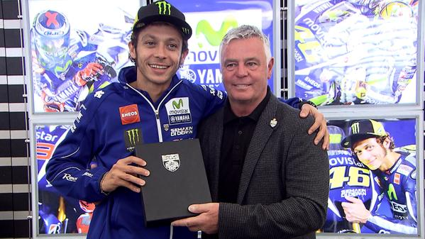 Rossi primo motociclista nel BRDC