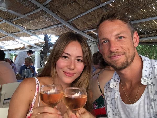 Jenson Button narcotizzato e derubato