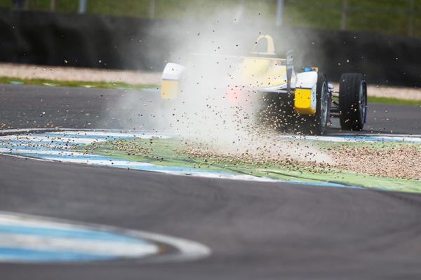 Formula E: record per Buemi nei test