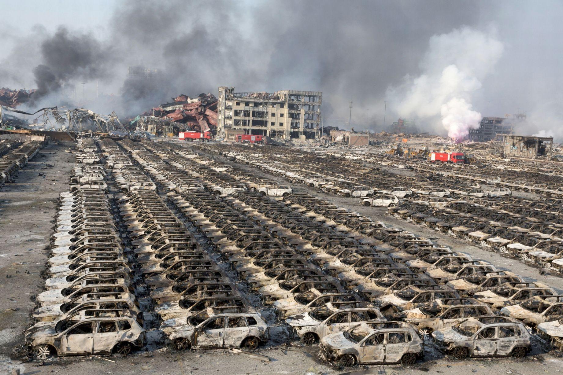 5.800 Jaguar e Land Rover bruciate a Tianjin