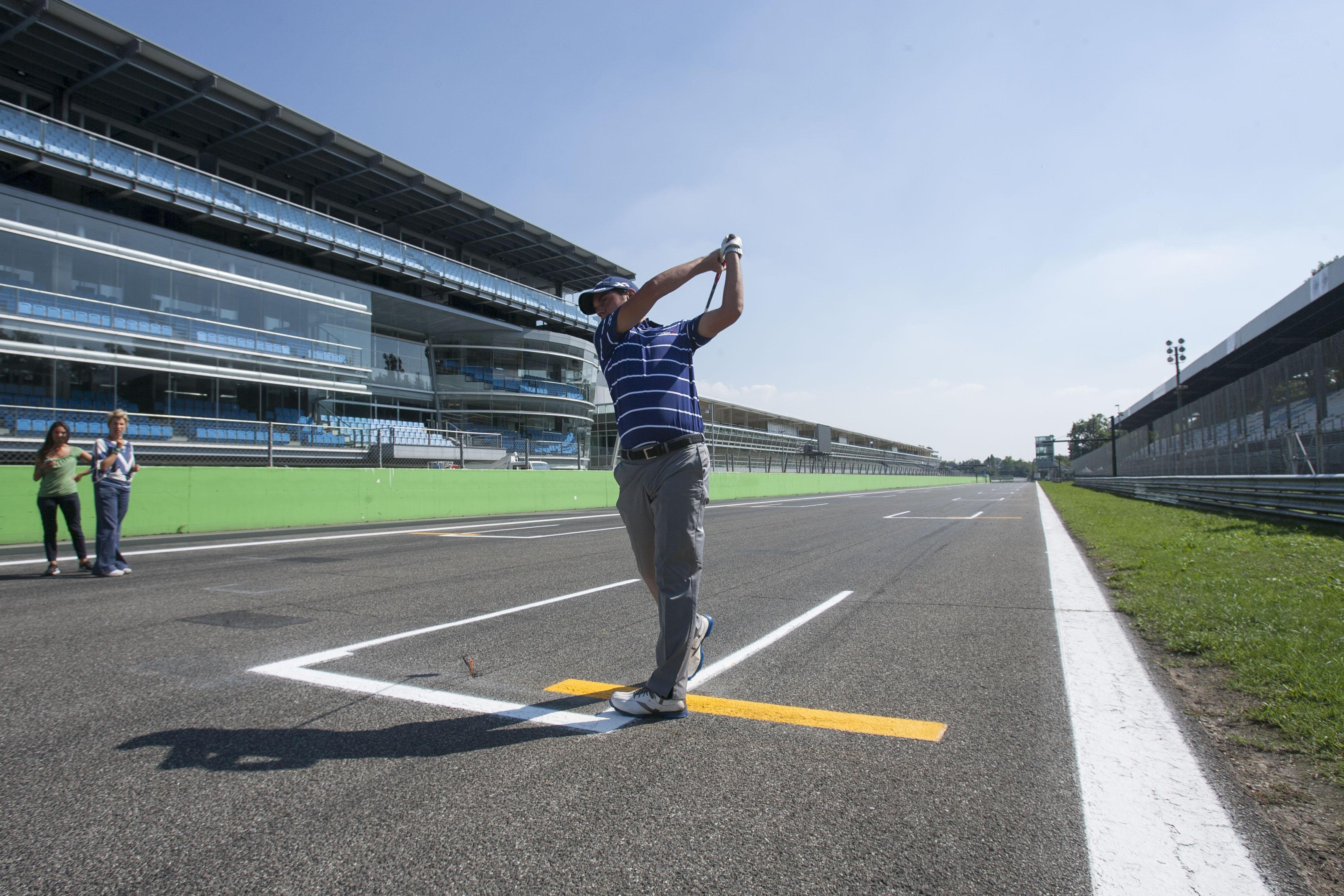 Monza: un drive sulla griglia con Manassero