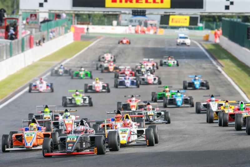 ADAC Formula 4 al Nürburgring