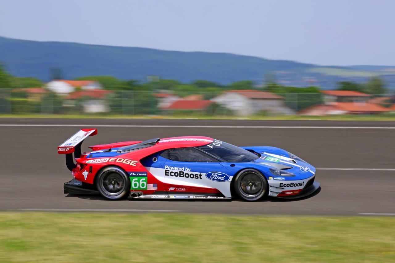 Ford GT da competizione: debutto a Silverstone