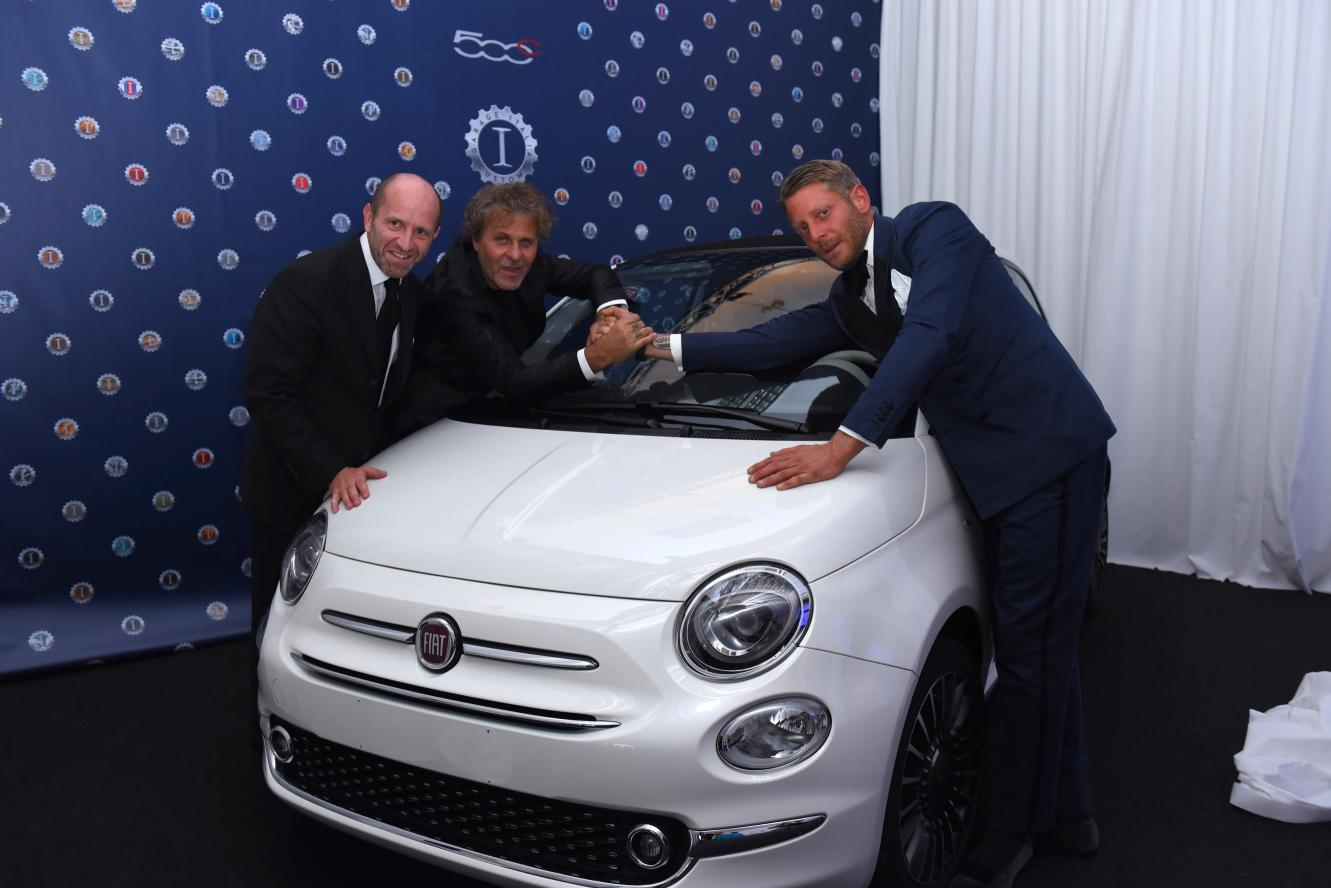 Fiat 500C: 250mila euro per amfAR