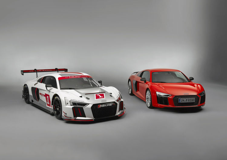 Audi R8 LMS: via alle vendite