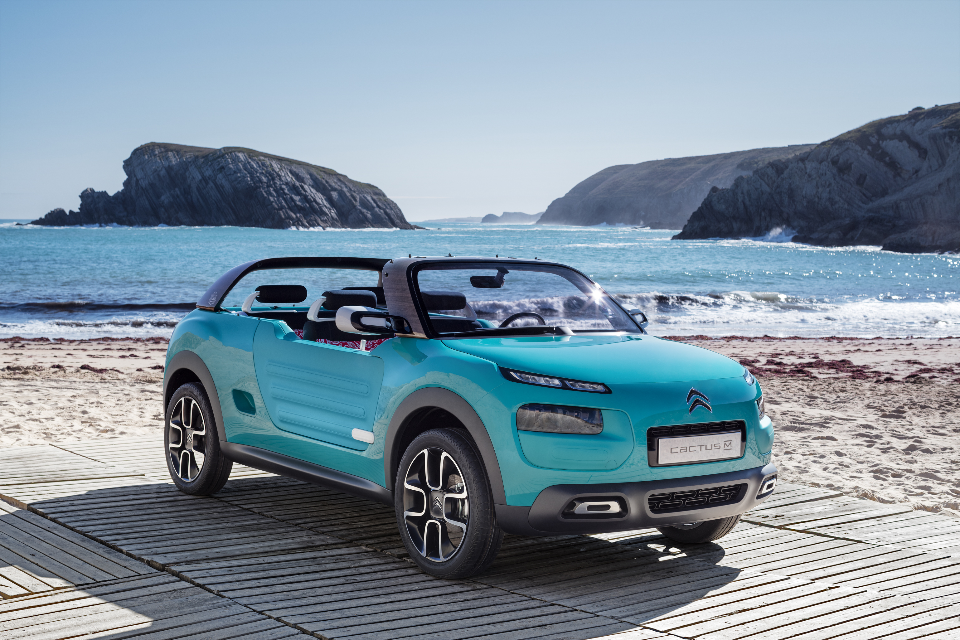 CITROËN Cactus M: free your mind!
