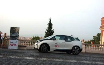 Noleggia BMW i3 con AVIS
