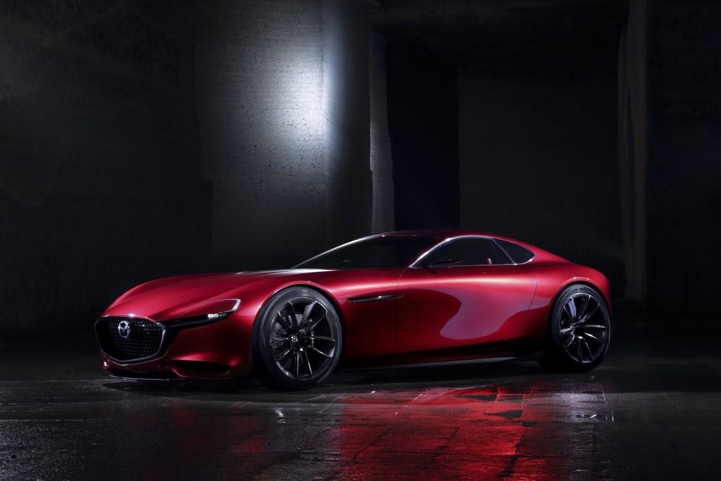 Mazda RX-VISION con motore rotativo