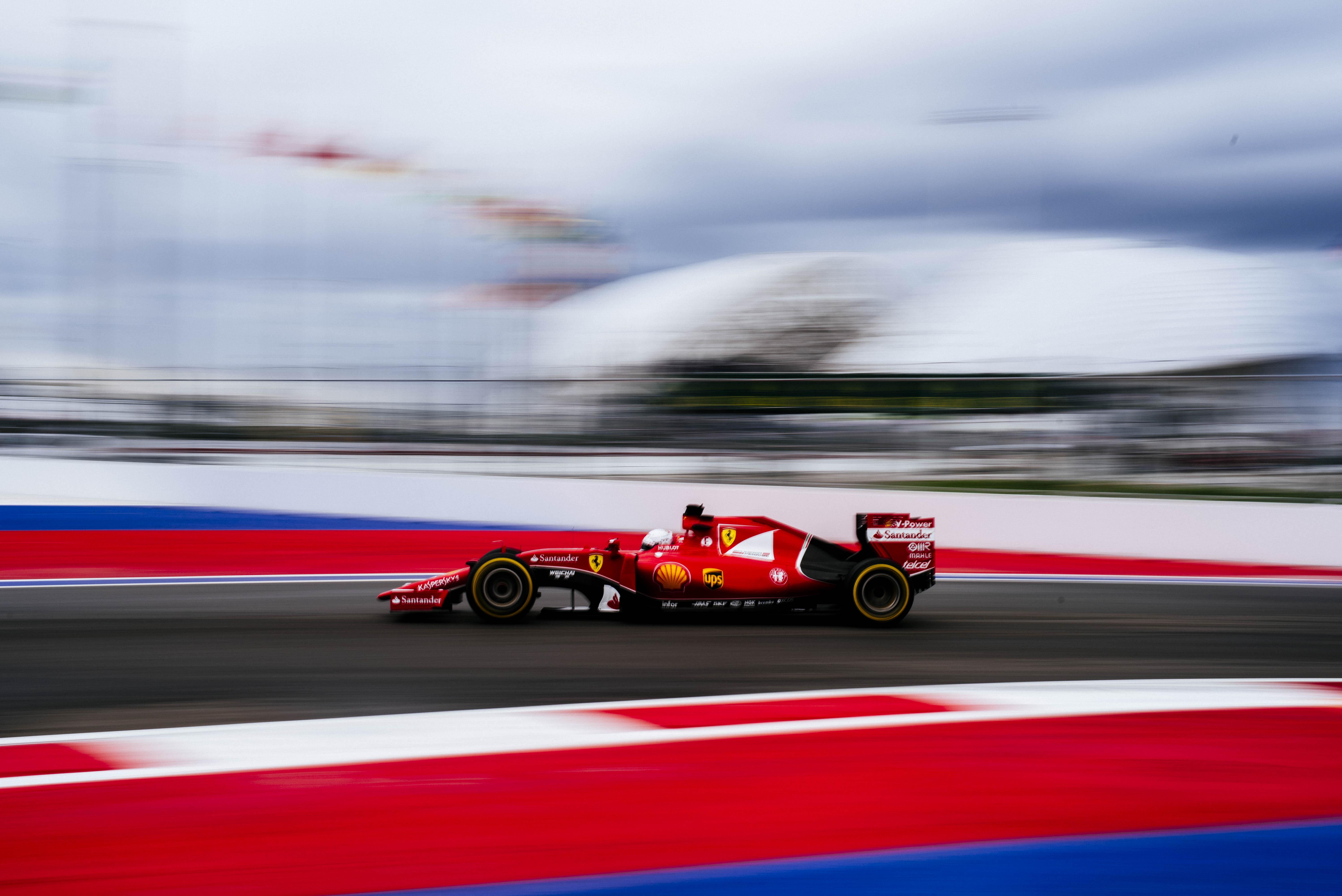 Russia FP1: 3° e 10° tempo per le Ferrari