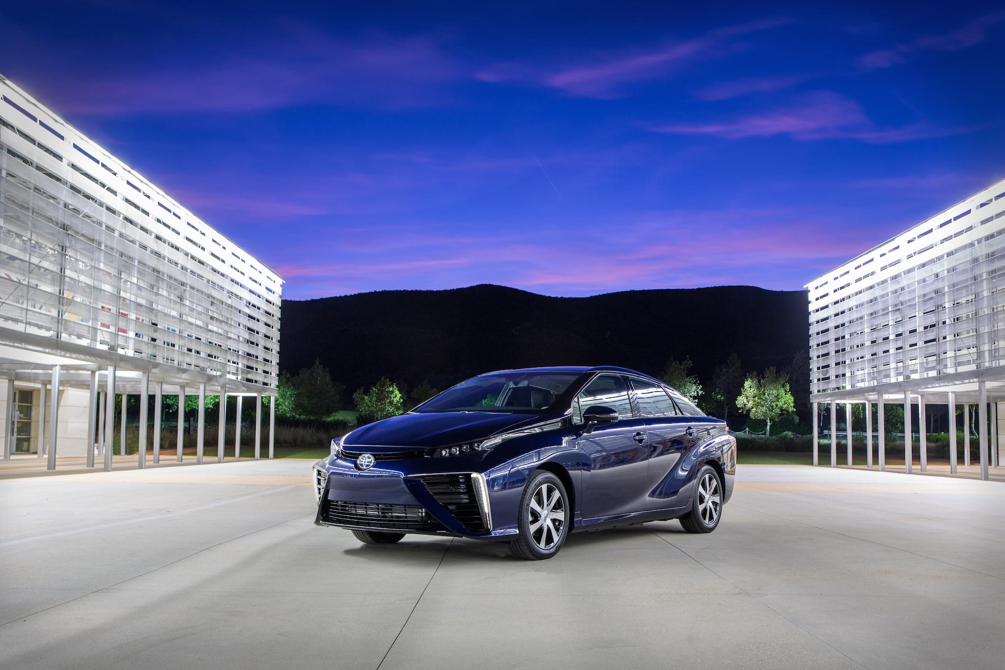 Toyota Mirai innovazione del decennio